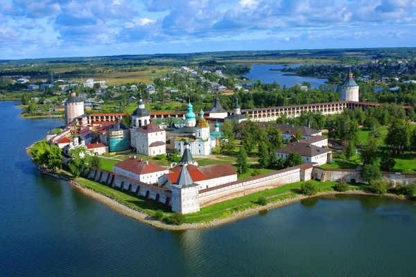 Kirillo-Belozersky-monastery_003