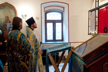 2012-08-28 Service Dormition-of-the-mother-of-god 002
