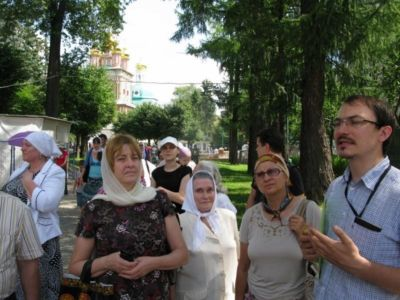 2013-07-20 Activity Holy-trinity-sergius-lavra Pilgrimage 009