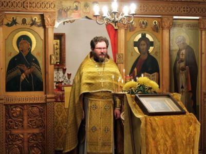 2013-11-17 Service Izmailovo-church Web 003