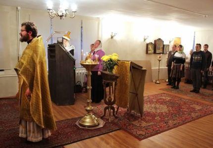 2013-11-17 Service Izmailovo-church Web 007