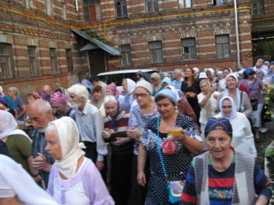 2014-08-14 Service Holy-cross-procession-feast 006