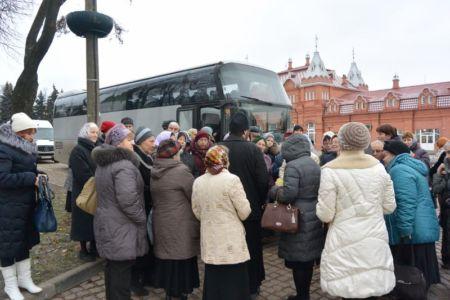 2014-11-15 Activity St-sergius-lavra Pilgrimage Web 001