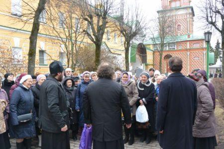 2014-11-15 Activity St-sergius-lavra Pilgrimage Web 002