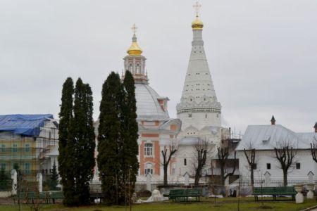 2014-11-15 Activity St-sergius-lavra Pilgrimage Web 004