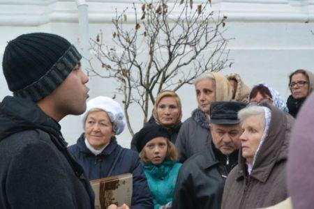 2014-11-15 Activity St-sergius-lavra Pilgrimage Web 006