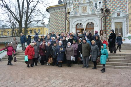 2014-11-15 Activity St-sergius-lavra Pilgrimage Web 014