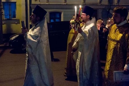 2015-04-13 Service Easter-procession 006