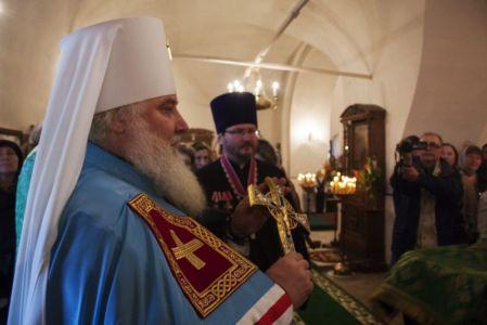 2015-10-11 Service Mitr-arseny-of-istra Liturgy Photo-gureev Web 005