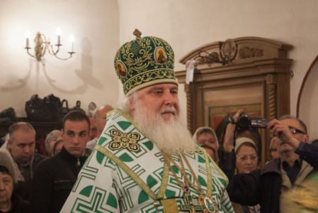 2015-10-11 Service Mitr-arseny-of-istra Liturgy Photo-gureev Web 010