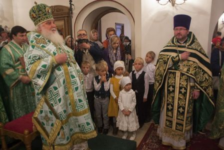 2015-10-11 Service Mitr-arseny-of-istra Liturgy Photo-gureev Web 011