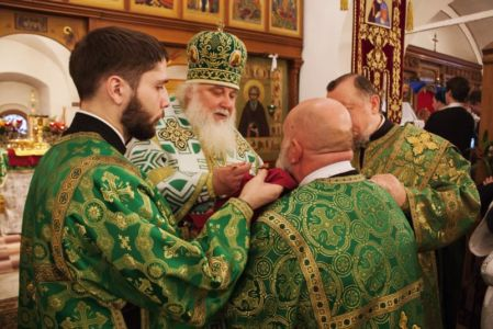2015-10-11 Service Mitr-arseny-of-istra Liturgy Photo-gureev Web 015
