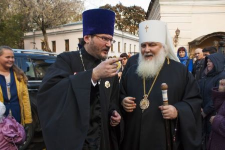 2015-10-11 Service Mitr-arseny-of-istra Liturgy Photo-gureev Web 030