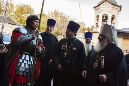 2015-10-11 Service Mitr-arseny-of-istra Liturgy Photo-gureev Web 031