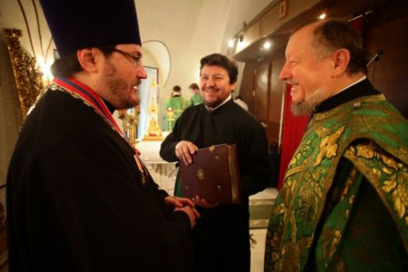 2015-10-11 Service Mitr-arseny-of-istra Liturgy Photo-nikitin Web 007