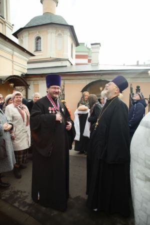 2015-10-11 Service Mitr-arseny-of-istra Liturgy Photo-nikitin Web 008