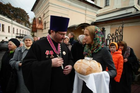 2015-10-11 Service Mitr-arseny-of-istra Liturgy Photo-nikitin Web 009