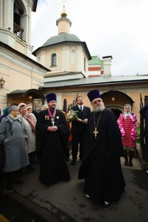 2015-10-11 Service Mitr-arseny-of-istra Liturgy Photo-nikitin Web 010