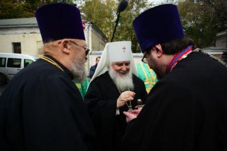 2015-10-11 Service Mitr-arseny-of-istra Liturgy Photo-nikitin Web 011