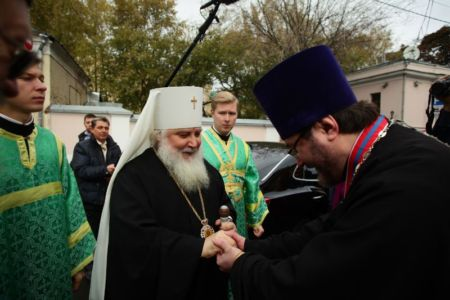 2015-10-11 Service Mitr-arseny-of-istra Liturgy Photo-nikitin Web 012
