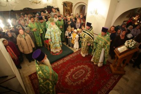 2015-10-11 Service Mitr-arseny-of-istra Liturgy Photo-nikitin Web 024