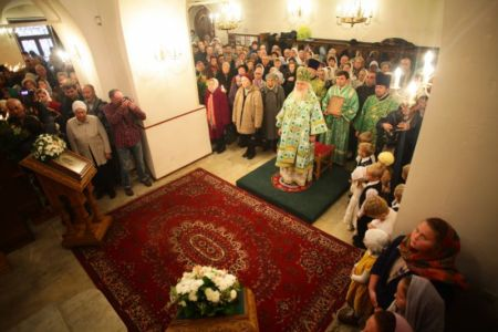 2015-10-11 Service Mitr-arseny-of-istra Liturgy Photo-nikitin Web 027