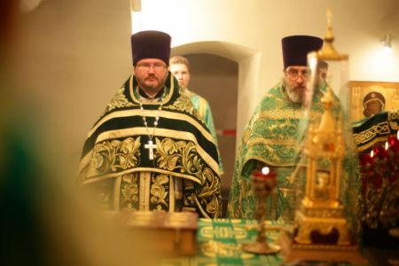 2015-10-11 Service Mitr-arseny-of-istra Liturgy Photo-nikitin Web 032