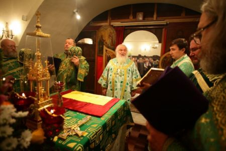 2015-10-11 Service Mitr-arseny-of-istra Liturgy Photo-nikitin Web 041