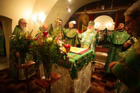 2015-10-11 Service Mitr-arseny-of-istra Liturgy Photo-nikitin Web 042