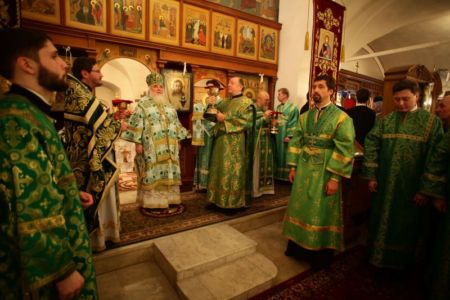 2015-10-11 Service Mitr-arseny-of-istra Liturgy Photo-nikitin Web 057