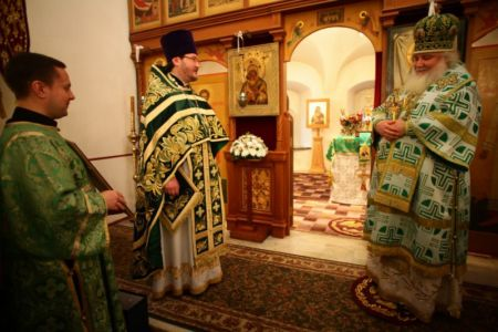 2015-10-11 Service Mitr-arseny-of-istra Liturgy Photo-nikitin Web 067