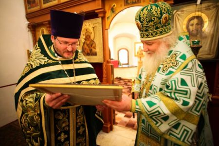2015-10-11 Service Mitr-arseny-of-istra Liturgy Photo-nikitin Web 068