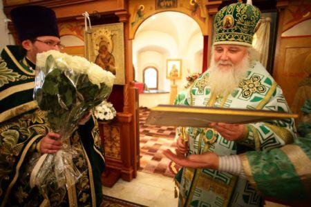 2015-10-11 Service Mitr-arseny-of-istra Liturgy Photo-nikitin Web 069