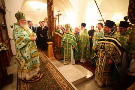 2015-10-11 Service Mitr-arseny-of-istra Liturgy Photo-nikitin Web 071