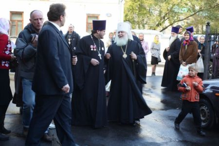 2015-10-11 Service Mitr-arseny-of-istra Liturgy Photo-nikitin Web 073