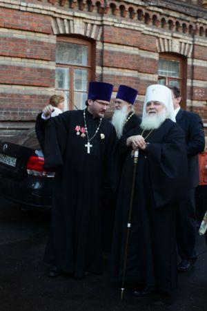 2015-10-11 Service Mitr-arseny-of-istra Liturgy Photo-nikitin Web 074