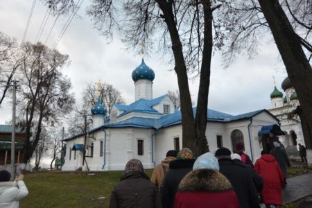 2015-11-21 Activity Pereslavl-zalessky Pilgrimage Web 033