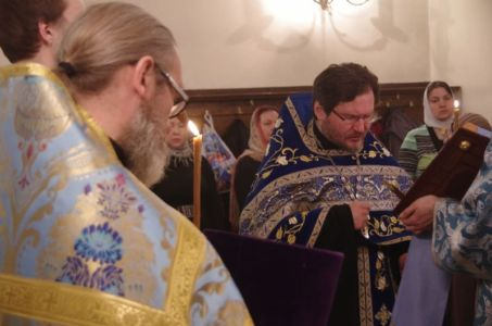 2016-04-06 Service Annunciation-all-night-vigil 004 (800x530)