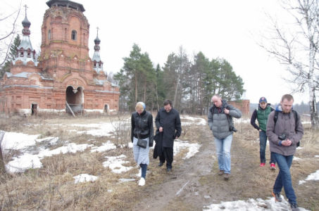 2016-04-09 Activity Alexandrov Pilgrimage Web 004