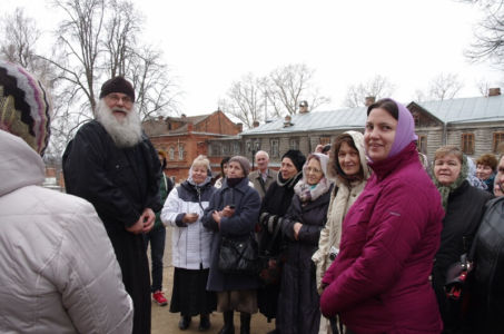 2016-04-09 Activity Alexandrov Pilgrimage Web 011