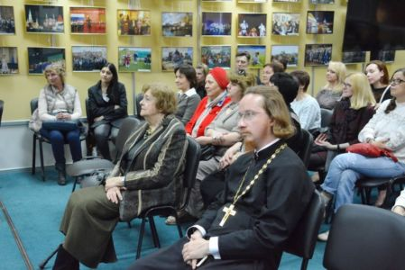 2016-05-19 Activity Nekrasovka-exhibition Foto Ter-mesropyan Web 016