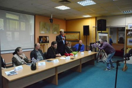 2016-05-19 Activity Nekrasovka-exhibition Foto Ter-mesropyan Web 073