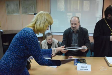 2016-05-19 Activity Nekrasovka-exhibition Foto Ter-mesropyan Web 077