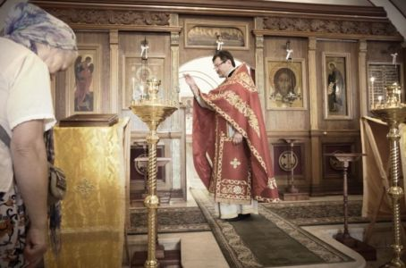 2016-07-03 Service All-russian-saints-day 012