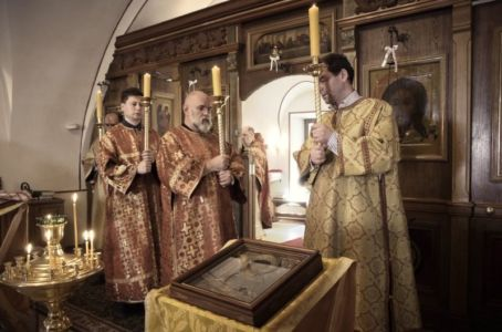 2016-07-03 Service All-russian-saints-day 013