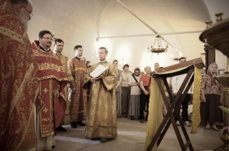 2016-07-03 Service All-russian-saints-day 021