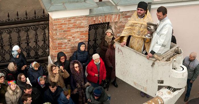 Освящение колокольни (2014)